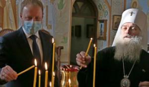Виктор Томенко и отец Сергий. Рождество в Барнаульской епархии.