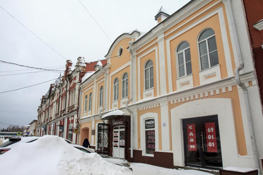 Улица Льва Толстого.