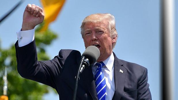 Фейковые заявления и банальная ложь. Журналисты CNN составили рейтинг самого постыдного вранья Трампа