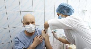 Массовая вакцинация от коронавируса в Барнауле.