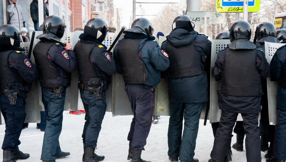Несанкционированный митинг в поддержку кое-кого в Барнауле. 23 января 2021 года.