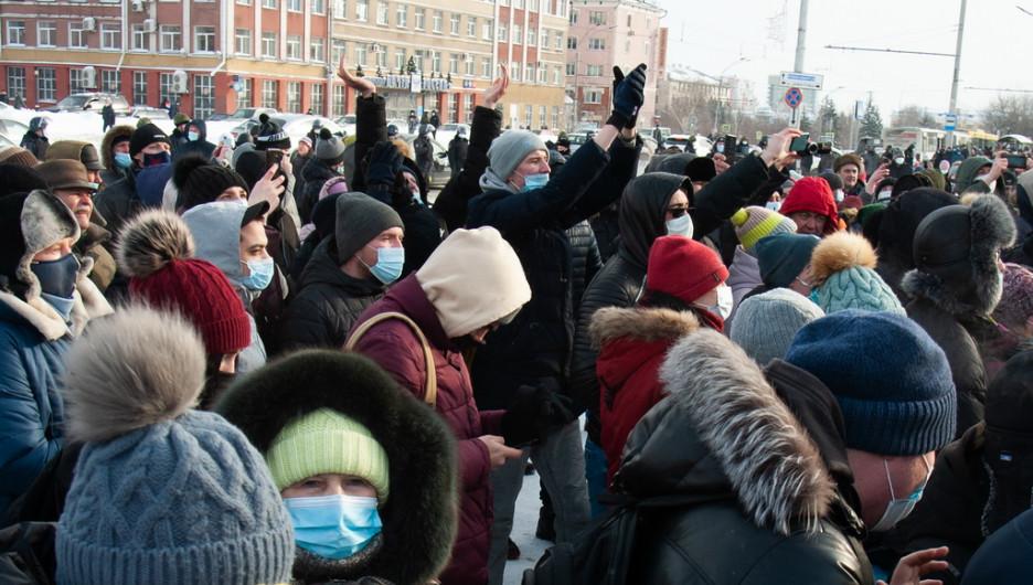 Алтайский депутат рассказал, где в Барнауле можно законно митинговать