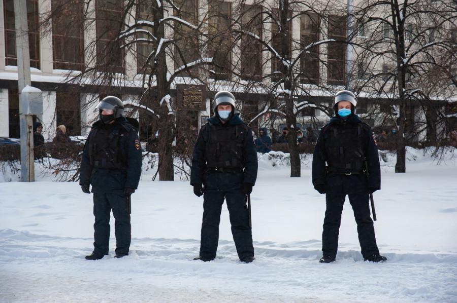 Алтайский детский омбудсмен высказалась об участии подростков в протестных акциях