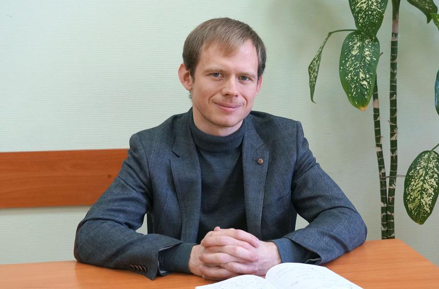 Дмитрий Денисов.