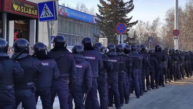 Барнаул попал в ТОП городов России по числу задержанных на акции протеста 31 января