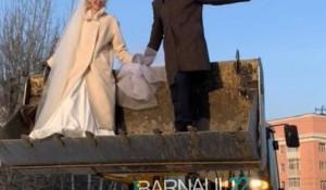 Необычная свадьба в Барнауле.
