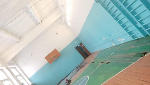 Жители Бийска показали ужасающее состояние местной школы