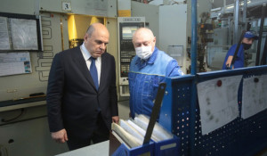 Михаил Мишустин на Алтайском заводе прецизионных изделий. 2 марта 2021 года.