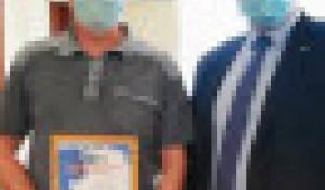Водитель Виталий Денисюк получил награду за спасение людей. Республика Алтай.