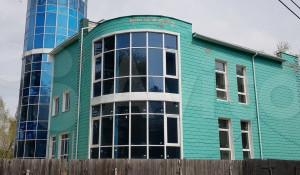 В Барнауле вновь продают здание на ул. Вешней, 19.