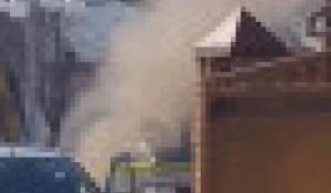 Коммунальщики повредили газовую трубу в Барнауле.