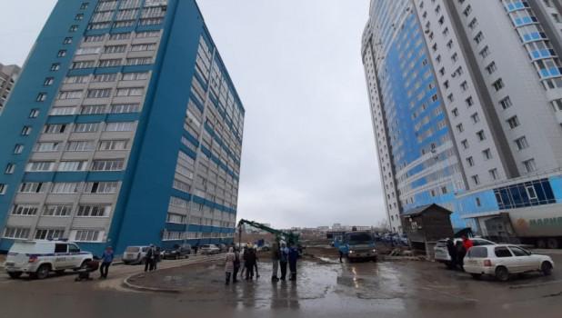Между домами в Барнауле собираются построить многоэтажку.