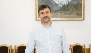 Виталий Недельский.