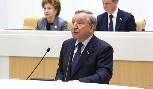 Александр Карлин в Совфеде.
