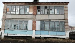 Колхозные дома в Змеиногорском районе.