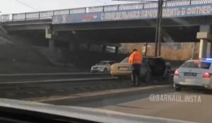 В Барнауле произошло ДТП на ул. Малахова, в котором пострадал пешеход.