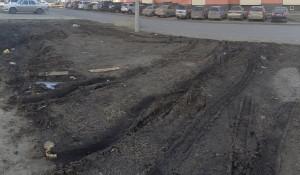 Последствия зимней парковки в Барнауле.