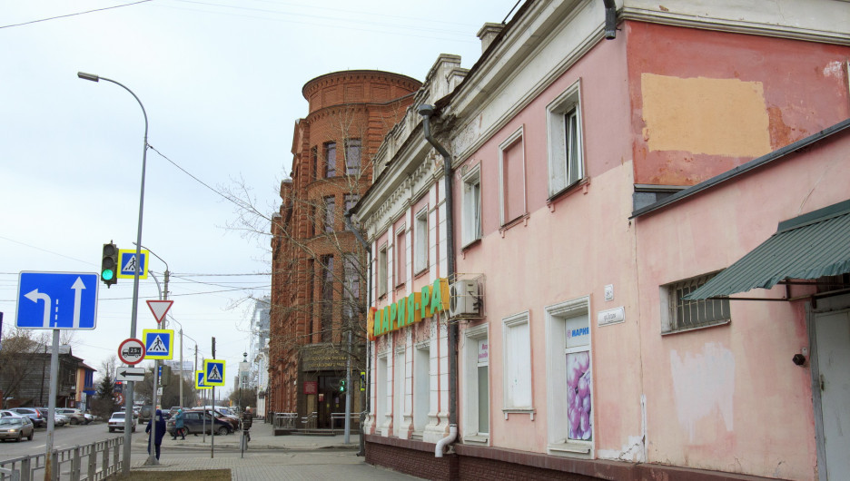 Аварийный дом на ул. Гоголя, 54.