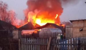 Серьезный пожар в Новоалтайске, 12 апреля