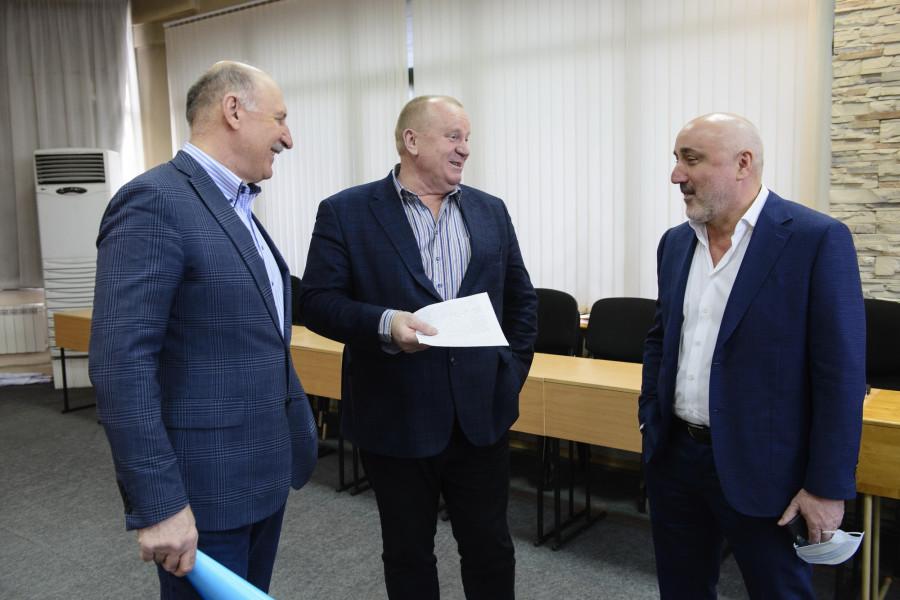 Круглый стол «Как в Барнауле строить и продавать больше жилья?»