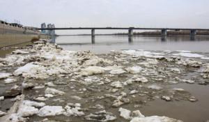 Начало ледохода в Барнауле.