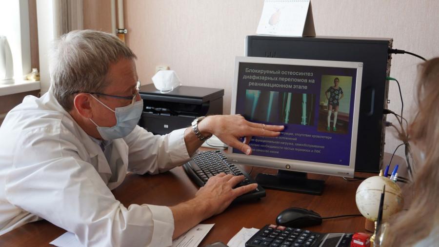 Анатолий Бондаренко, заведующий отделением тяжелой сочетанной травмы.