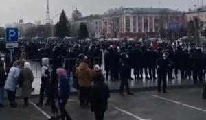 Несанкционированная акция протеста в Барнауле.