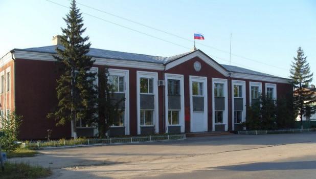 Главу района в Алтайском крае сняли с должности после обвинения в мошенничестве