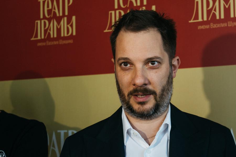 Константин Хабенский, Александр Цыпкин и Данил Чащин в театре драмы