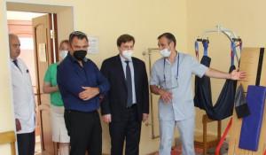 Дмитрий Попов оценил реабилитацию детей с патологией нервной системы и опорно-двигательного аппарата.