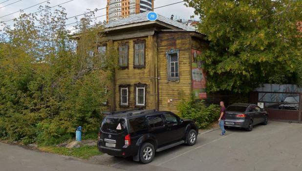 Дом по ул. Пролетарской, 78 в Барнауле.