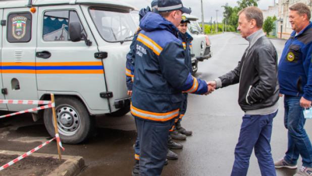 Мэр Барнаула Вячеслав Франк проводит совещание в Затоне.