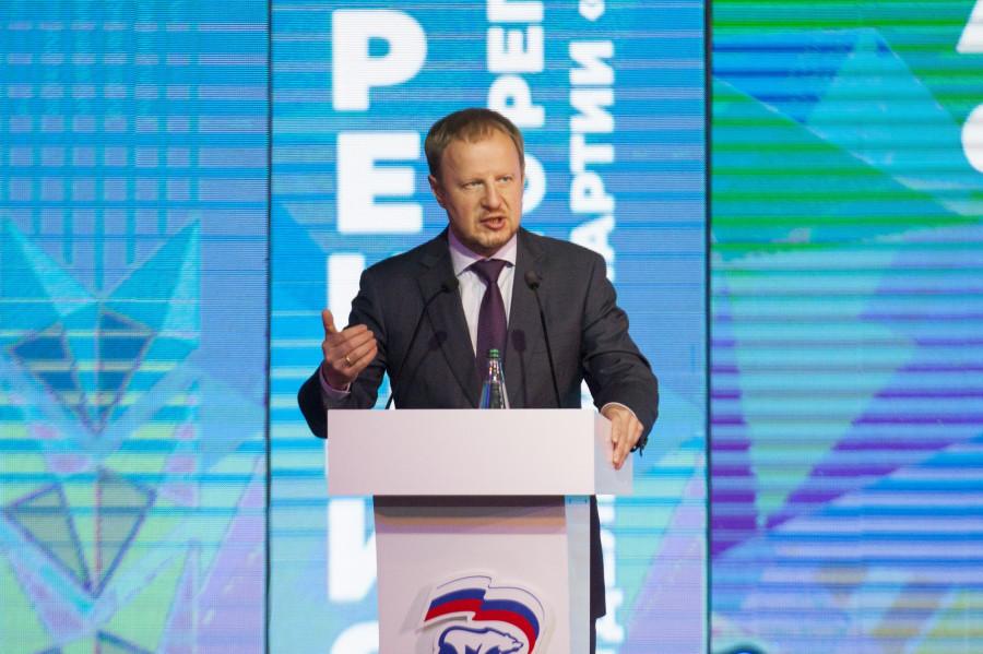 Единороссы утвердили своих кандидатов в депутаты АКЗС