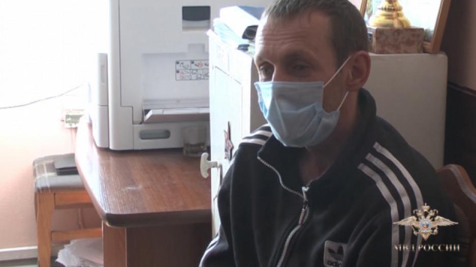 В Барнауле задержали налетчика на офисы микрозаймов.