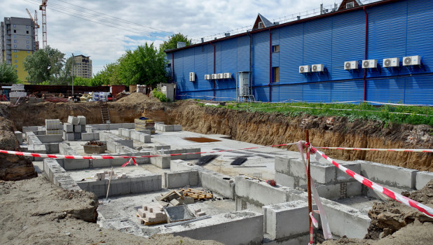 Строительство жилого дома на ул. Пионеров. Барнаул.
