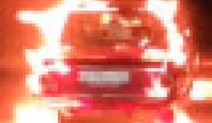 """Сгорел """"Запорожец"""" в Яровом."""