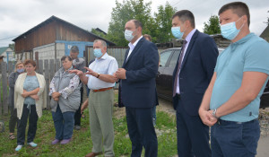 Встреча депутата Госдумы Ивана Лоора с жителями Барнаула.