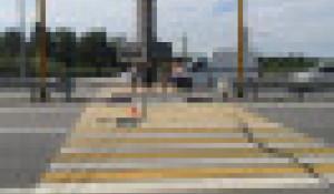 Мотоциклист сбил женщину в Горном Алтае.