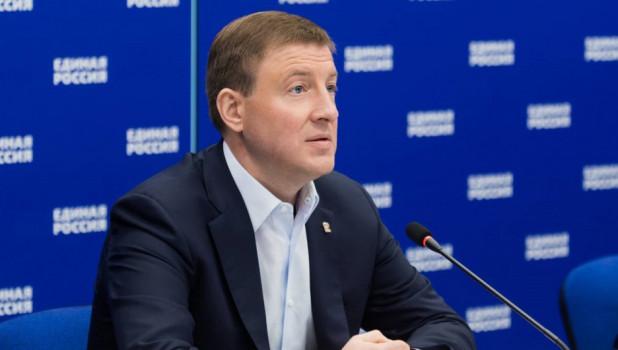 """Один из лидеров """"Единой России"""" перед приездом в Барнаул агитирует за безопасные выборы"""