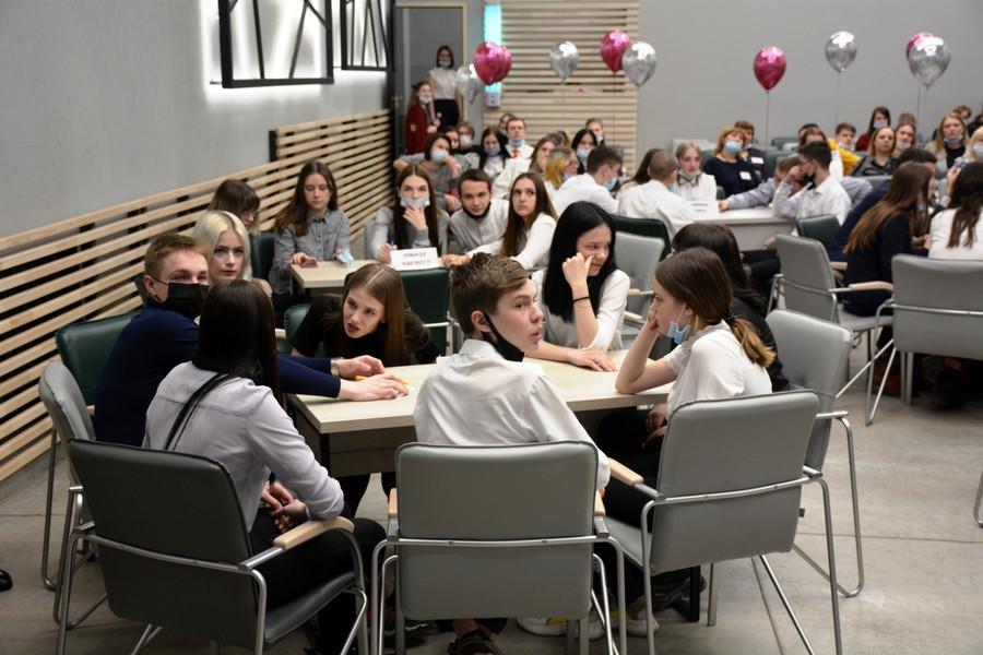 Интерактивная игра #ПРОФВЫБОР22 была запущена в академии в марте.