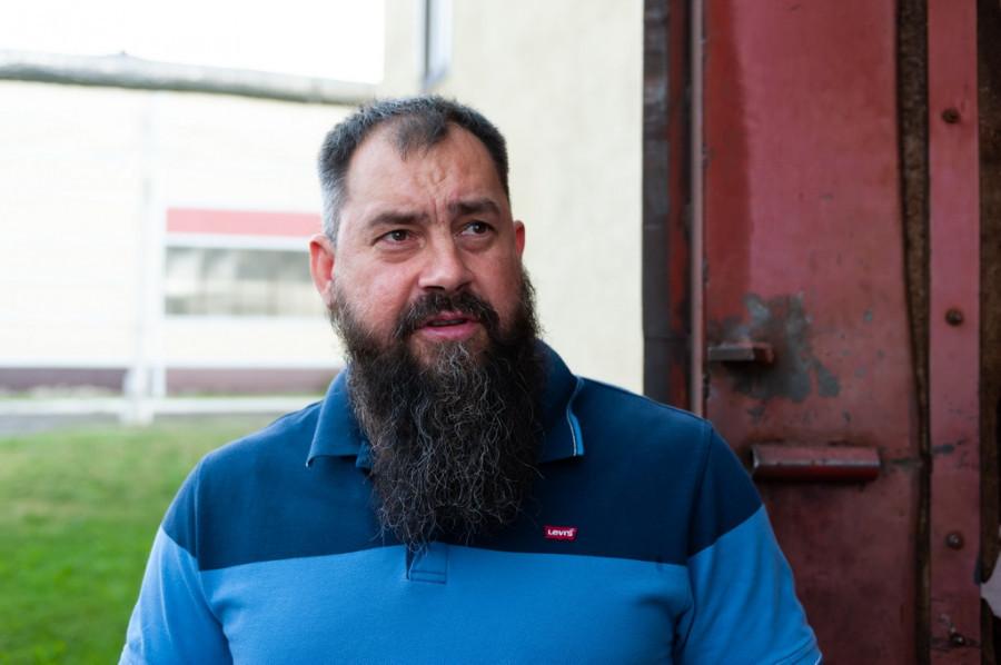 «Нужно смотреть, чтобы не борзели». Как глава «Справедливой России» посетил Барнаул