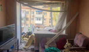 Внутри квартиры после взрыва газа.