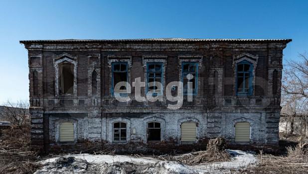Здание иконописной мастерской продают в Бийске.