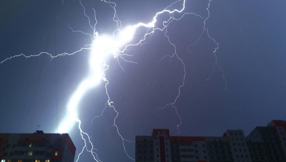 """Стихия 2 августа. Фото подписчиков """"Инцидент Барнаул""""."""