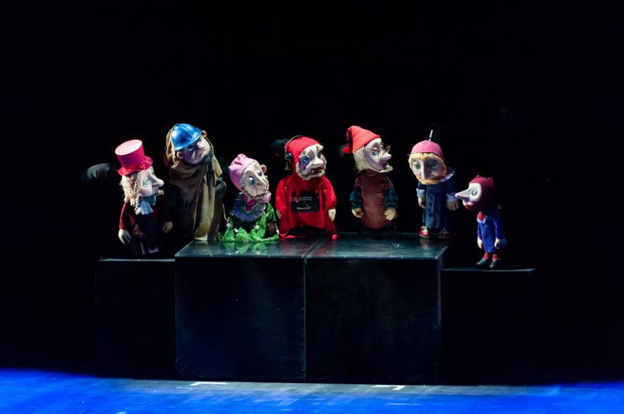 """В Барнауле торжественно открыли театр кукол """"Сказка""""."""