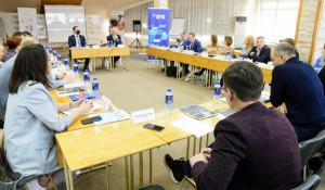 В ходе экспертной сессии представители ретейлинга обсудили суровой настоящее и перспективы развития торговой отрасли в Алтайском крае.