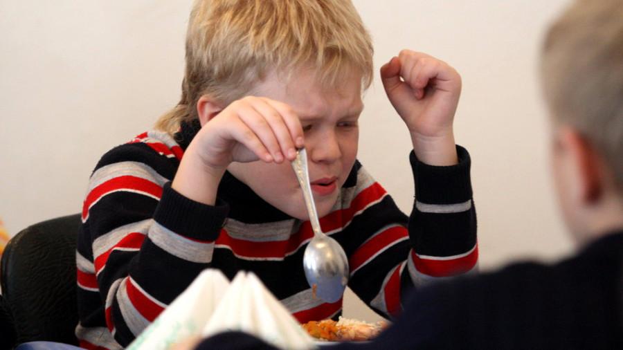 Детское питание должно быть безопасным. Особенно в школах и детских садах.