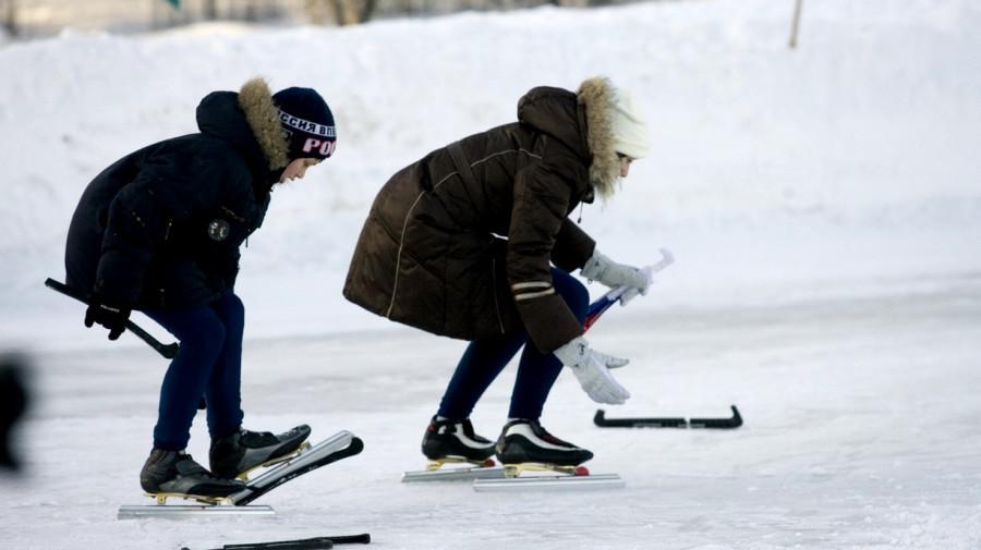 Коньки как часть физкультуры могли бы повысить посещаемость уроков среди школьников. (Снимок сделан на открытии конькобежного сезона на стадионе Клевченя).