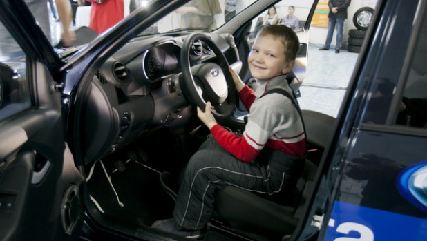 Презентация автомобиля Lada Granta.