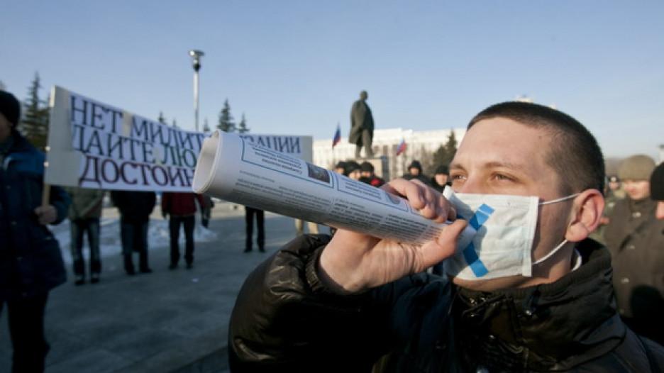 """Несогласованный митинг """"За честные выборы"""". Барнаул, 24 декабря 2011г."""